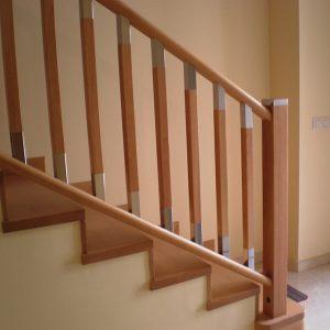 Escalera Forrada con barandilla Linea Moderna y Balaustres modelo F