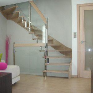 Escalera Zanca Mixta en Madera, Inox y Cristal